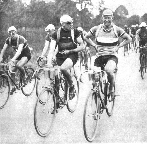 Georges Ronsse with André Leducq in the 1932 Tour de France