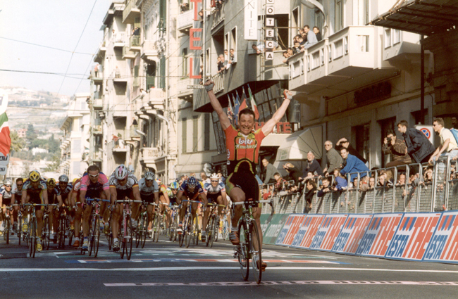Andrei Tchmil win the 1999 Milano-San Remo