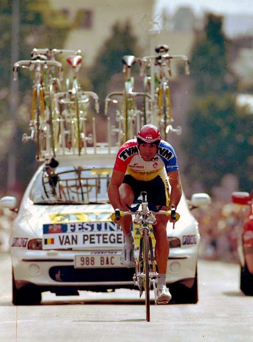 Peter van Petegem rides the 1997 Tour de France prologue n Rouen