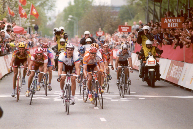 Erik Zabel wins the 2000 Amstel Gold Race