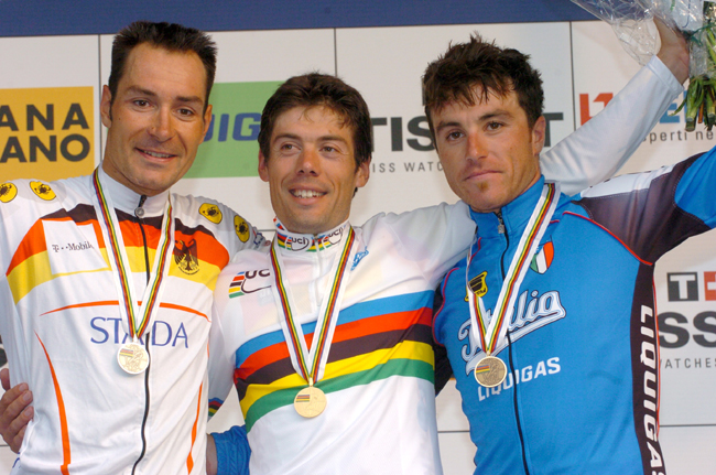 2004 World podium