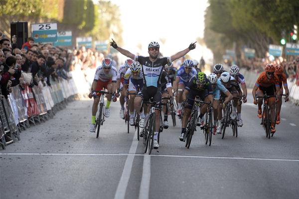 Mark Cavendish wins 2015 Clasica de Almeria