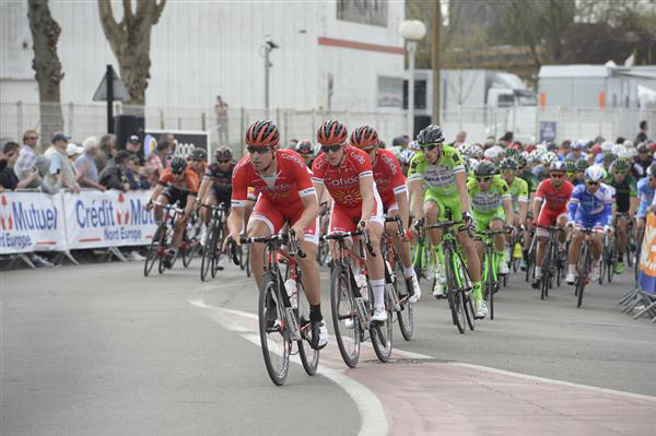 Cofidis leads the chase