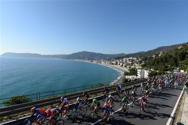 Peloton on Ligurian Coast