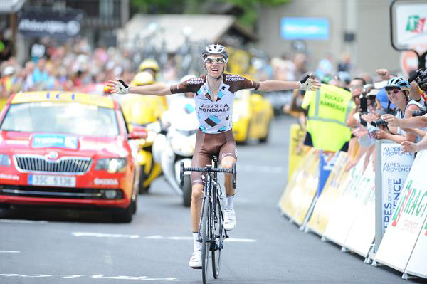 Romain Bardet wins Dauphine stage 5