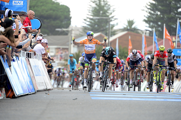 Simon Gerrans wins stage 4