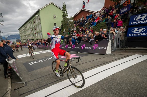 Alexander Kristoff wins Arctic Race stage 1
