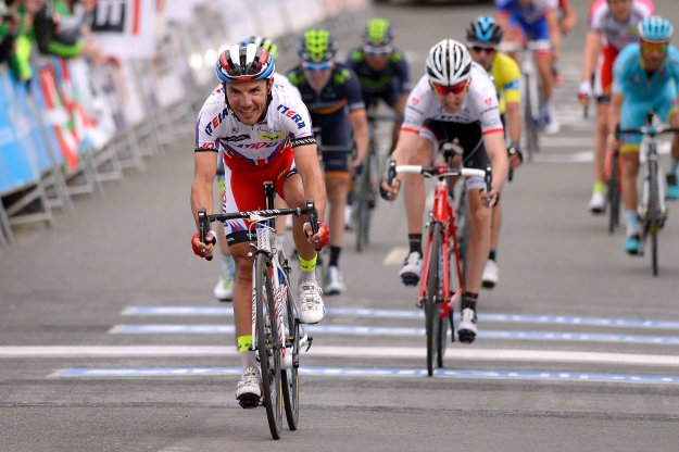 joaquim Rodriguez easily wins stage 4 of the Tour of the Basque Country