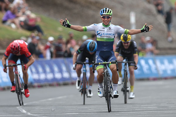 Caleb Ewan wins Bay Classic stage 1