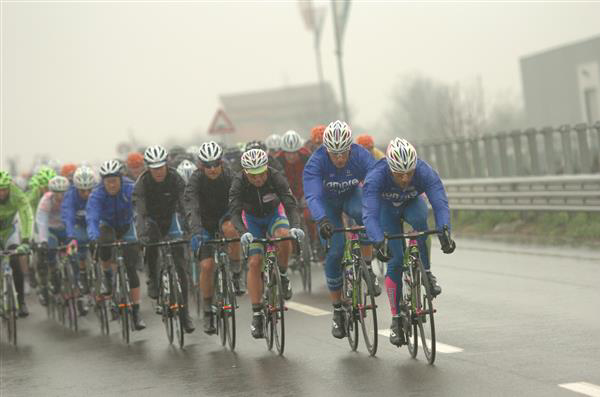 cold, wet peloton