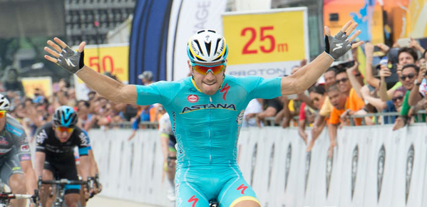 Amdrea Guardini wins stage 8
