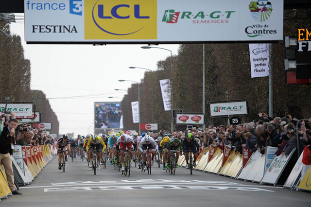 Paris-Nice stage 1 sprint finish