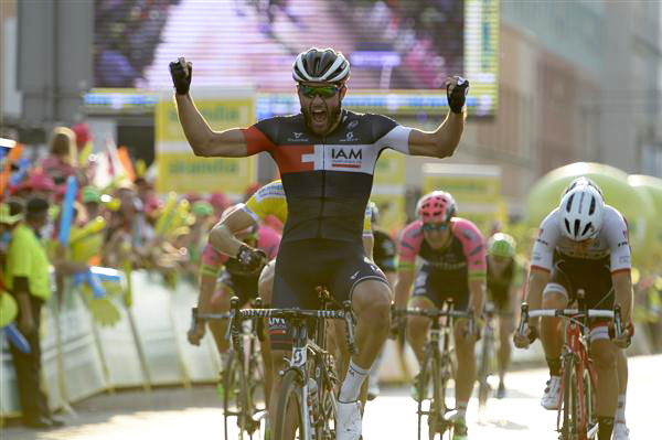 Matteo Pelucchi wins Tour of Poland stage 2