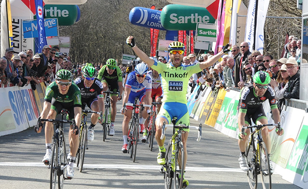 Manuele Boaro winning stage 4