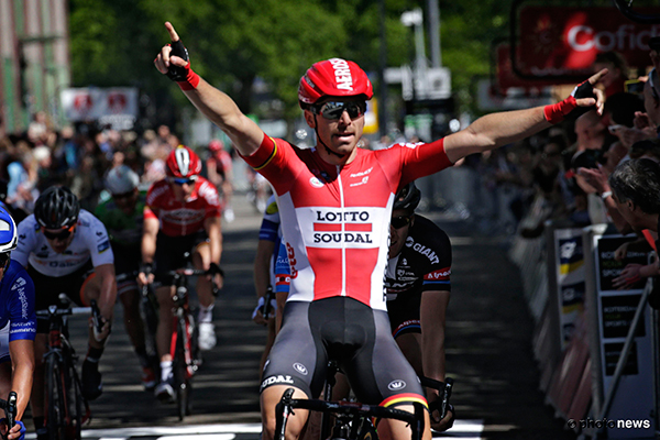 Kris Boeckmans winning a stage in the World Ports CLassic