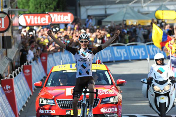 Romain Bardet wins stage 18
