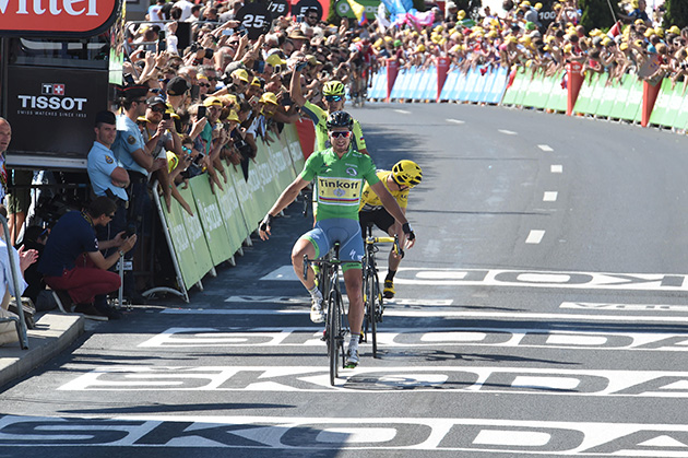 Peter Sagan wins Tour de France stage 11