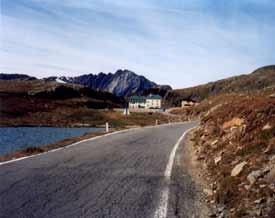 Lake on the Gavia pass