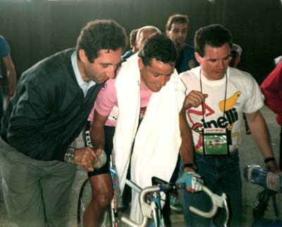 Celestino Vercelli and Stephen Roche at the 1987 giro d'Italia