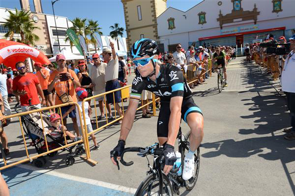 Nicolas Roche heads to the start