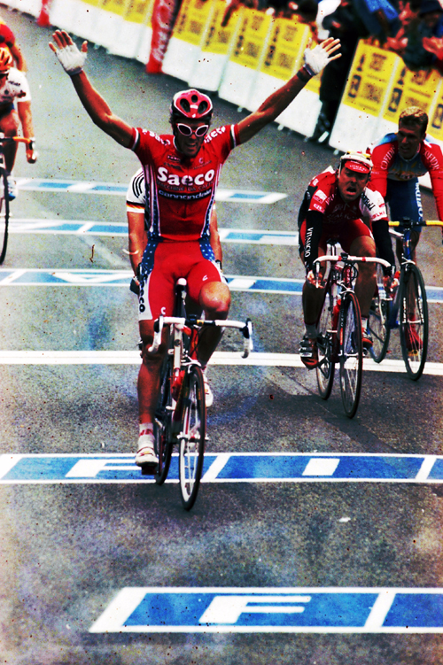 Cipollini wins the 1998 Tour's 5th stage