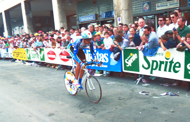 Indurain riding the 1992 Giro prologue