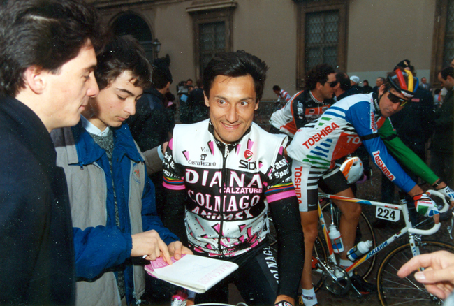 Saronni at the staret of the 1990 Milano-San Remo