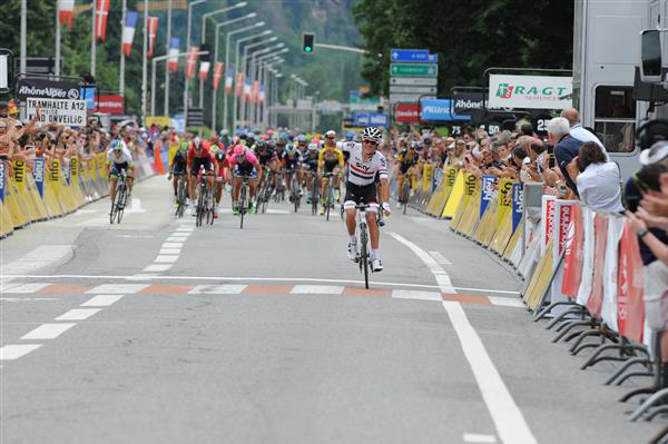 Peter Kennaugh won the Dauphine first stage