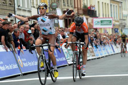 Alexis Gougeard wins stage 3